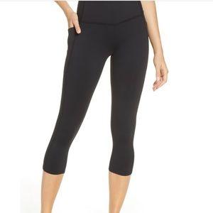 Zella Black High Waisted Crop Pocket Legging